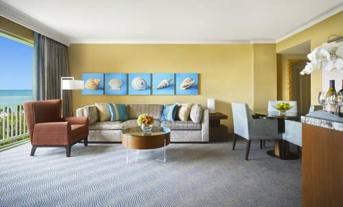 Royal Towers suite