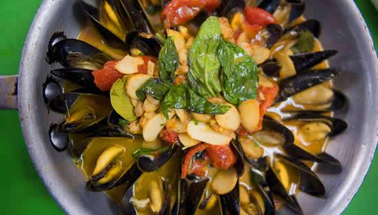 Carmine's seafood